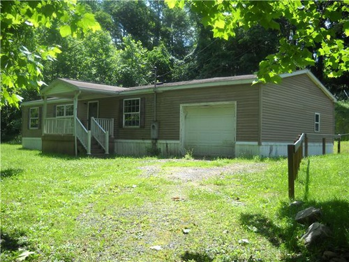 Photograph of 37 Mystery Ln, Fairmont, WV 26554