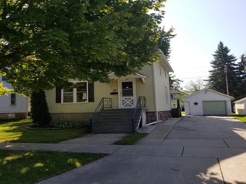 Photograph of 110 Rose Ave, Fond Du Lac, WI 54935