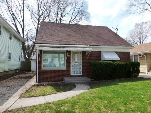 Photograph of 5169 N 45th St, Milwaukee, WI 53218