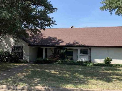 Photograph of 4305 King Richards Ln, Fort Worth, TX 76133