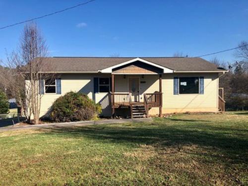 Photograph of 1158 Cedar Springs Valley Rd, Sevierville, TN 37876