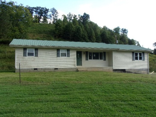 Photograph of 200 Finch Rd, West Liberty, KY 41472