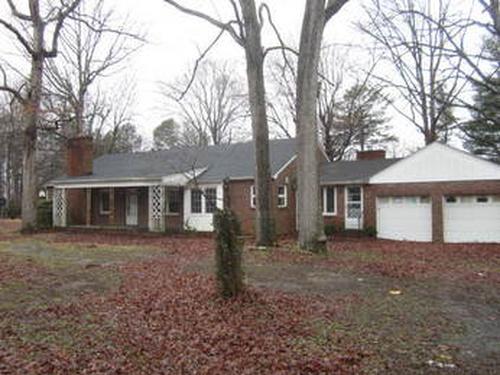 Photograph of 2500 Burlington Rd, Roxboro, NC 27574