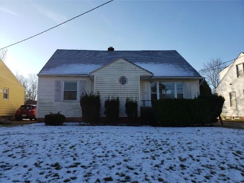 Photograph of 20724 Applegate Rd, Maple Heights, OH 44137