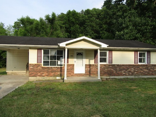Photograph of 9010 N Highway 421, Manchester, KY 40962