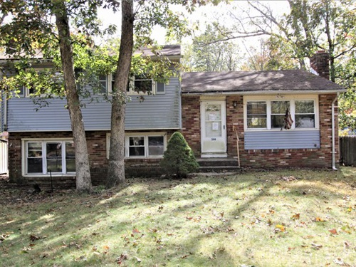 Photograph of 206 Maple Dr, Browns Mills, NJ 08015