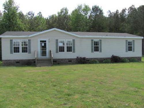Photograph of 119 Farmall Drive, Richlands, NC 28574