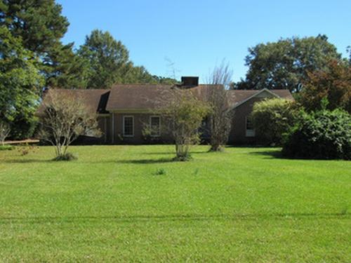 Photograph of 2203 Rouse Rd, Kinston, NC 28504