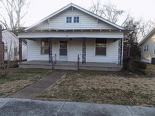 Photograph of 603 North Jefferson St, Tuscumbia, AL 35674