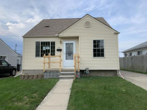 Photograph of 11892 Grant St, Riverview, MI 48193
