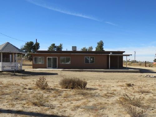 Photograph of 11088 Valle Vista  Rd, Phelan, CA 92371