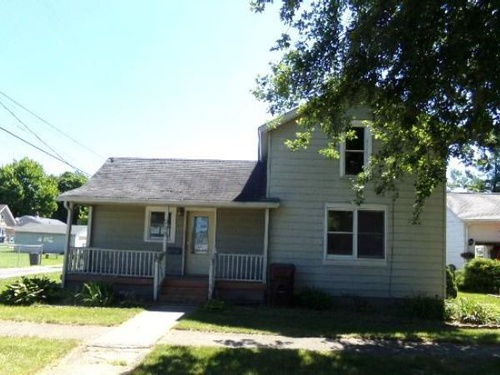 Photograph of 208 South Baxter St, Auburn, IN 46706