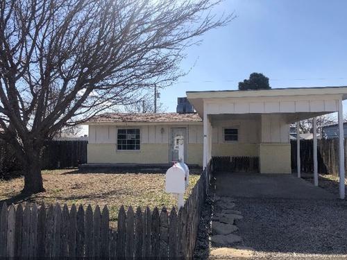 Photograph of 2711 W Menefee Ave, Artesia, NM 88210