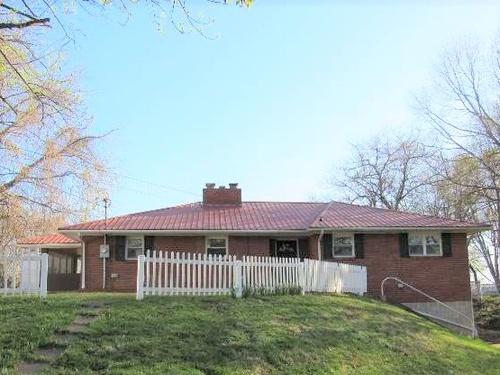 Photograph of 205 Upper Jefferson Ln, Hawesville, KY 42348