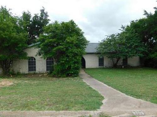 Photograph of 8709 Hidden Hill Dr, Fort Worth, TX 76179