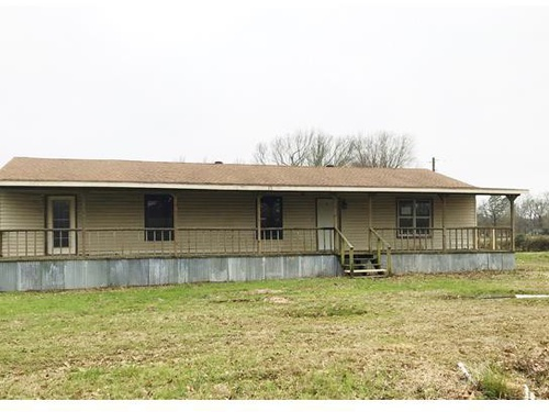 Photograph of 10063 Turtle Cir, Pittsburg, TX 75686