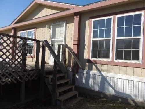 Photograph of 1009 W Roxana St, Hobbs, NM 88240