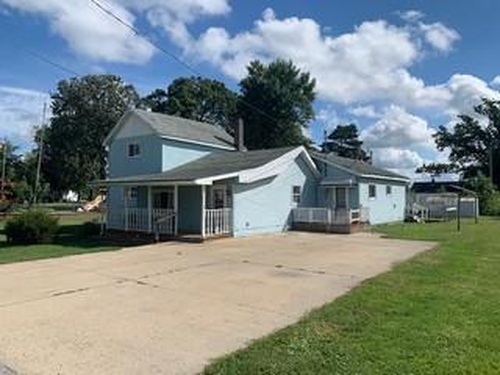 Photograph of 213 Parshall St, Oakley, MI 48649