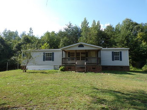 Photograph of 1335 Foxfire Rd, Asheboro, NC 27205