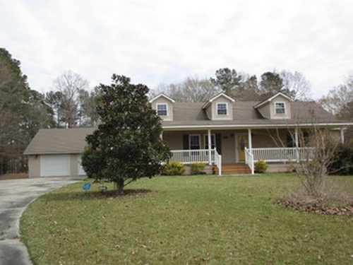 Photograph of 1023 Lesesne Dr, Manning, SC 29102
