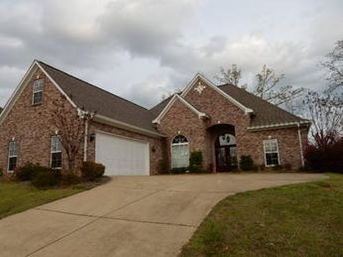 Photograph of 415 Glen Oaks Dr, Brandon, MS 39047
