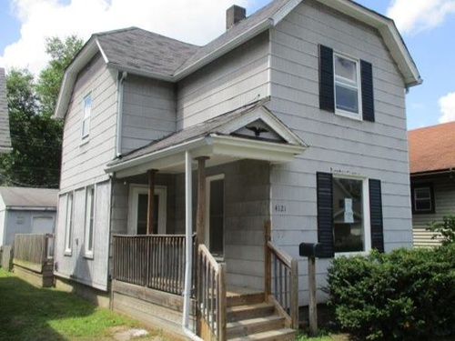 Photograph of 4121 Walker Ave, Toledo, OH 43612