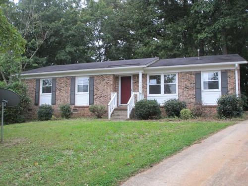Photograph of 1107 Kindley Ct, Greensboro, NC 27406