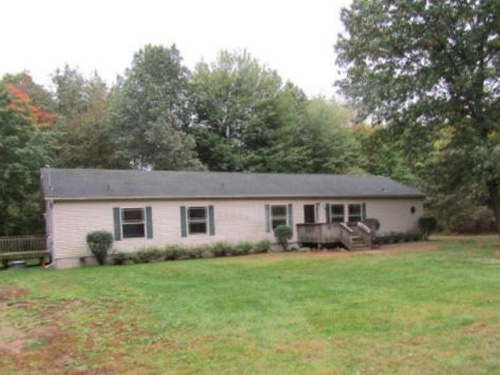 Photograph of 264 Audell Dr, Brooklyn, MI 49230