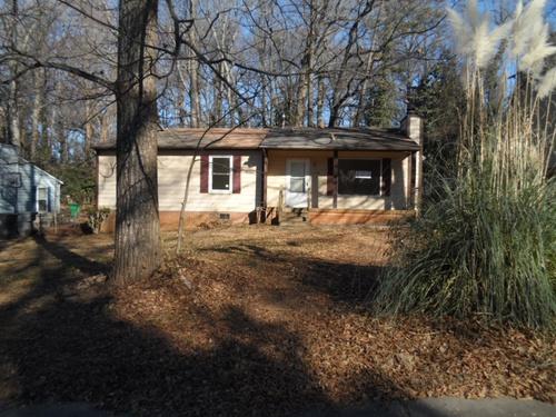 Photograph of 1354 Susan Street, Charlotte, NC 28208