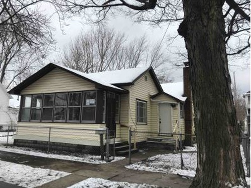 Photograph of 1472 Montgomery Ave, Muskegon, MI 49441