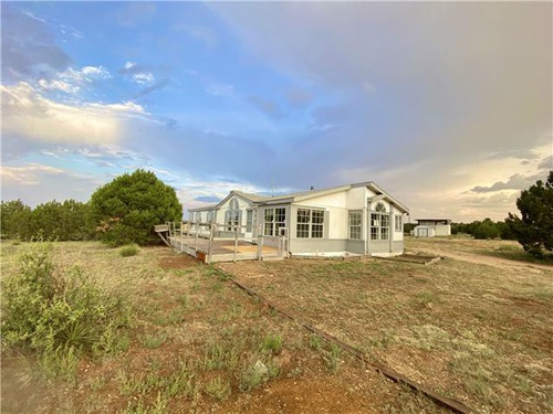 Photograph of 177 Rosewood Dr, Estancia, NM 87016