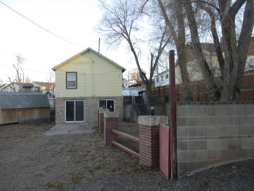 Photograph of 319 1/2 Angle St, Rock Springs, WY 82901