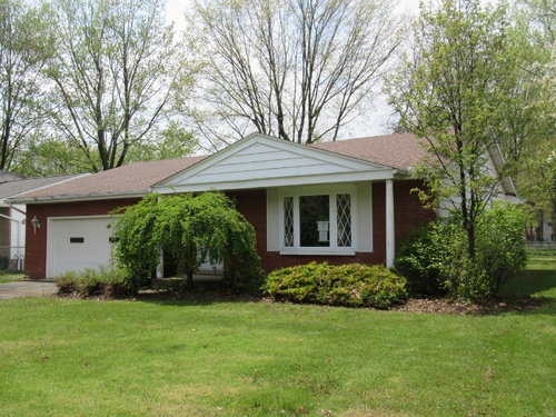 Photograph of 4582 Carsten Lane, North Olmsted, OH 44070