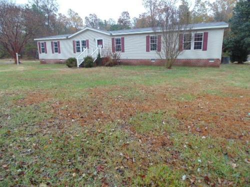 Photograph of 10321 Zilles Rd, Blackstone, VA 23824