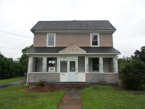 Photograph of 168 Summit St, Manchester, CT 06040