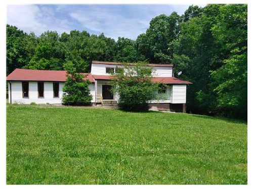 Photograph of 588 Lakeshore Dr, Old Hickory, TN 37138