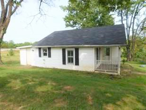 Photograph of 100 Tracy Ln, Frankfort, KY 40601