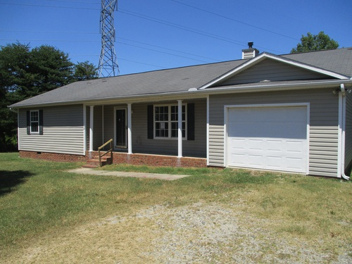Photograph of 575 Huffines Mill Rd, Reidsville, NC 27320