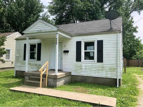 Photograph of 2620 Thomas Ave, Louisville, KY 40216