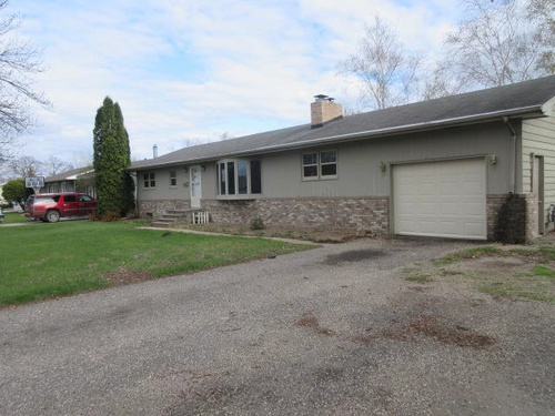 Photograph of 507 14th Ave N, Wahpeton, ND 58075