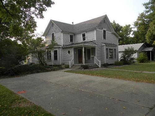 Photograph of 213 S Jefferson St, Hillsboro, KS 67063