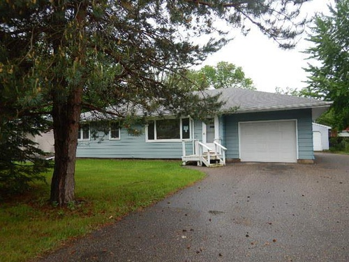 Photograph of 1612 Oak St, Hastings, MN 55033