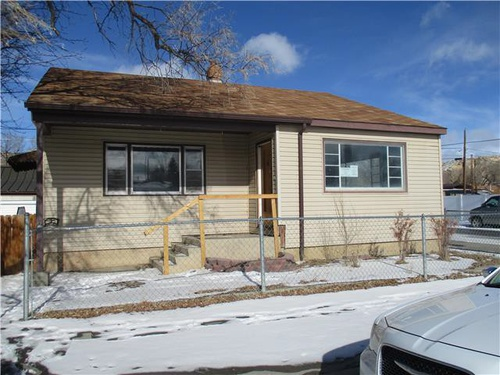 Photograph of 1121 10th St, Rock Springs, WY 82901