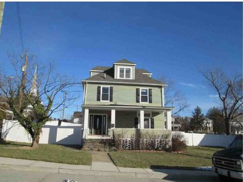 Photograph of 4000 E Northern Pkwy, Baltimore, MD 21206