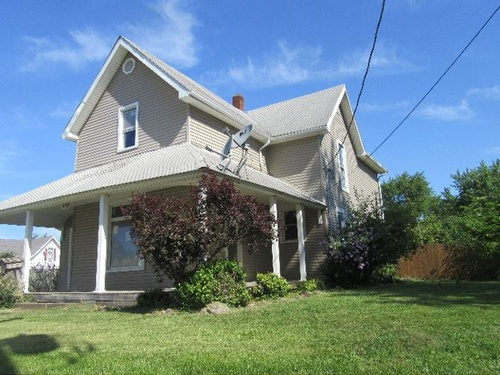 Photograph of 558 Washington Ave, Frankfort, IN 46041