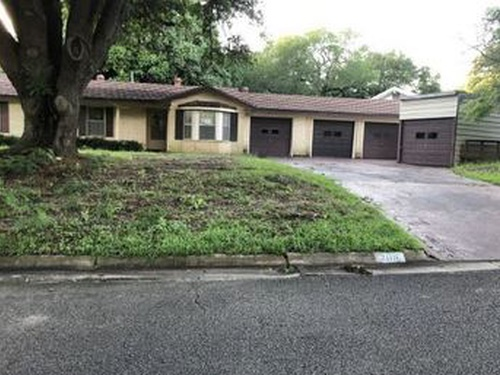 Photograph of 2106 Vogel Ave, Rockdale, TX 76567