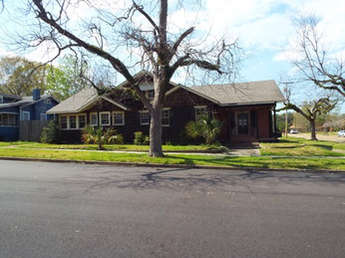 Photograph of 403 Louisiana Ave, Mccomb, MS 39648