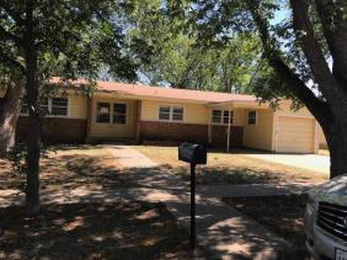 Photograph of 2802 36th Street, Snyder, TX 79549