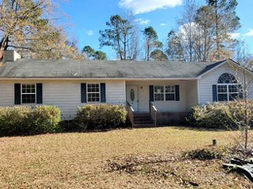 Photograph of 61 Willow Wind Ln, Hopkins, SC 29061