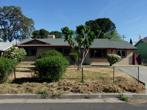 Photograph of 9598 Eastview Dr, Hanford, CA 93230